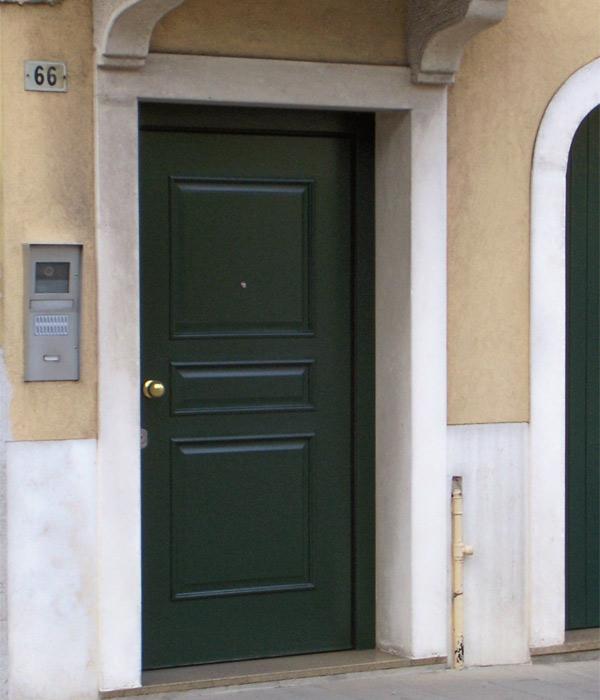 Porte blindate | Brunello Loris, dal 68 costruzione e installazione ...