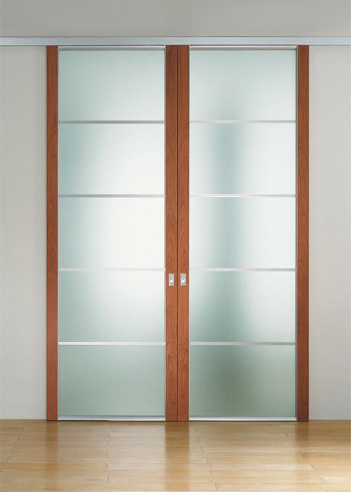 Porte scorrevoli in legno e vetro per interni fi51 for Porte scorrevoli arredo