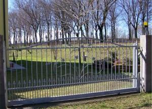 Cancello scorrevole in ferro zincato
