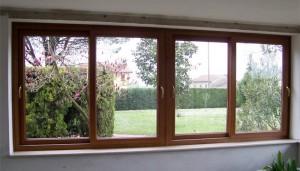 finestra-scorrevole-a-quattro-ante-in-pvc-ciliegio-2