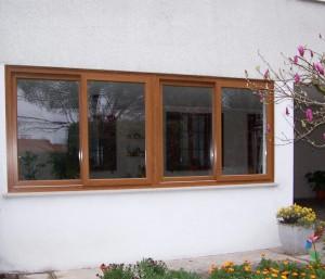 finestra-scorrevole-a-quattro-ante-in-pvc-ciliegio-3