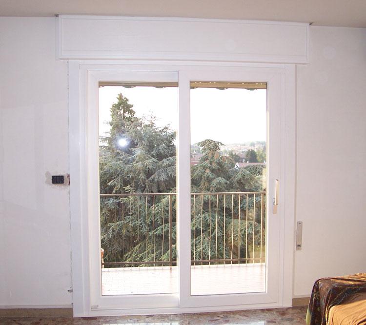 Galleria fotografica serramenti in pvc brunello loris for Finestre pvc bianche