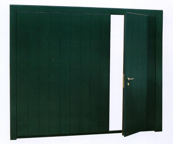 Chiusure per garage e basculanti brunello loris 40 - Basculante con porta pedonale prezzo ...