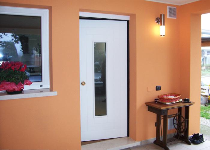 Porte blindate brunello loris dal 68 costruzione e for Porta interna bianca con vetro