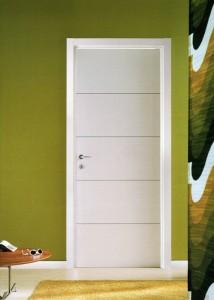 Porta in legno con 4 inserti in alluminio
